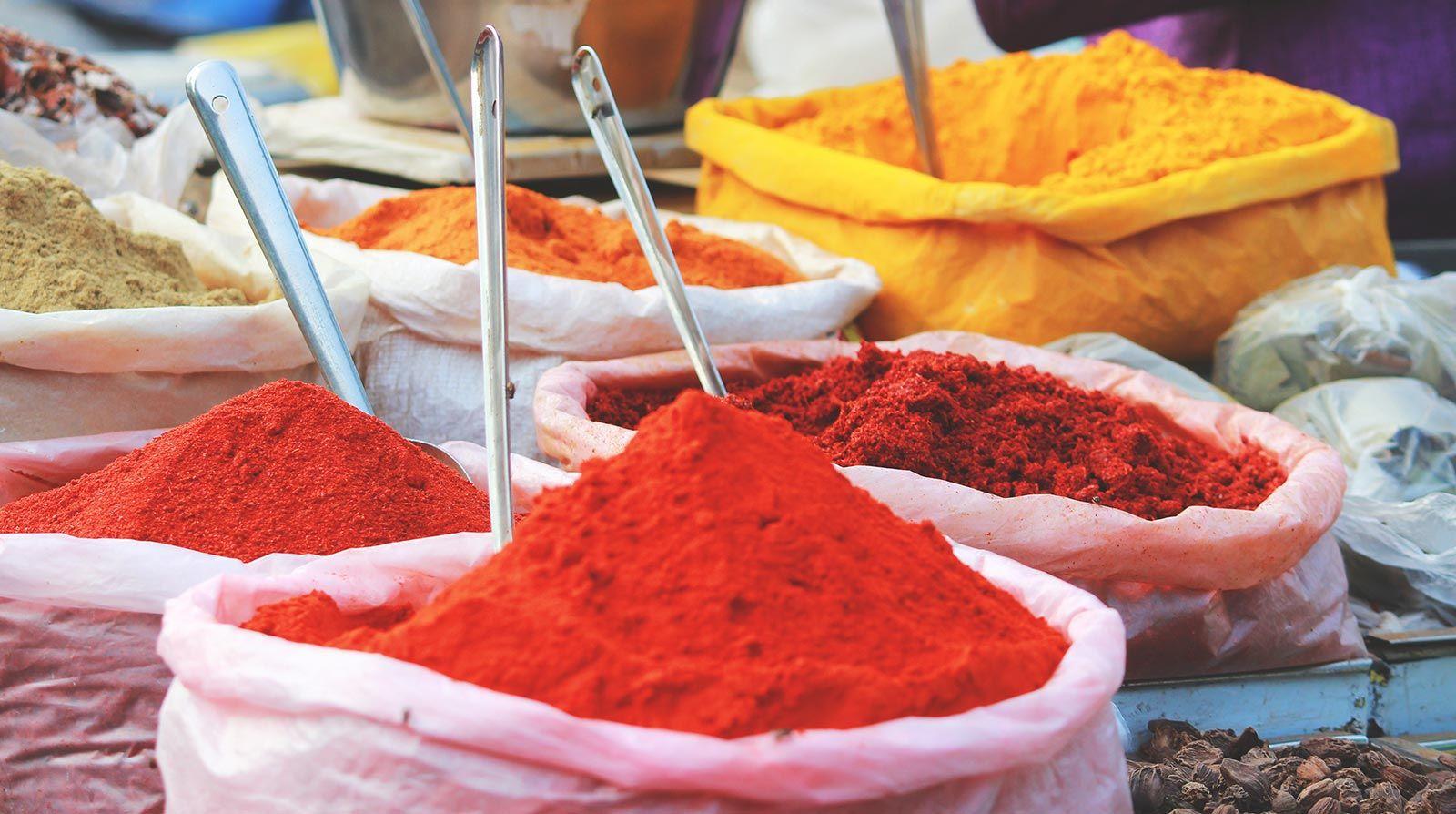 Spezie Marocchine Per Tajine.Le Spezie Marocchine Scopriamole Emporio Delle Spezie