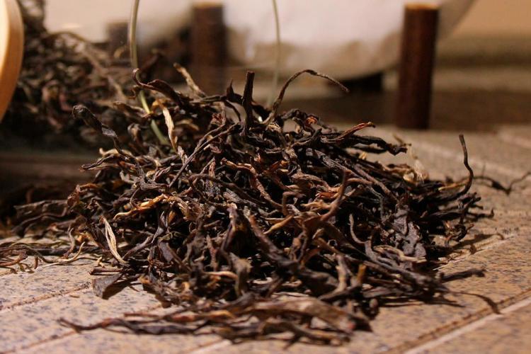 foglie secche tè nero